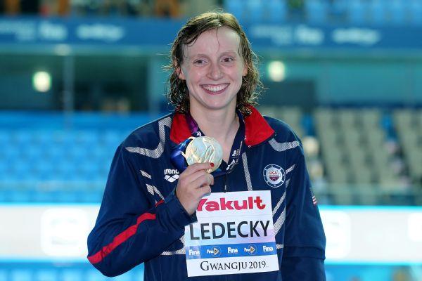 Ledecky, Smith win gold at world championships