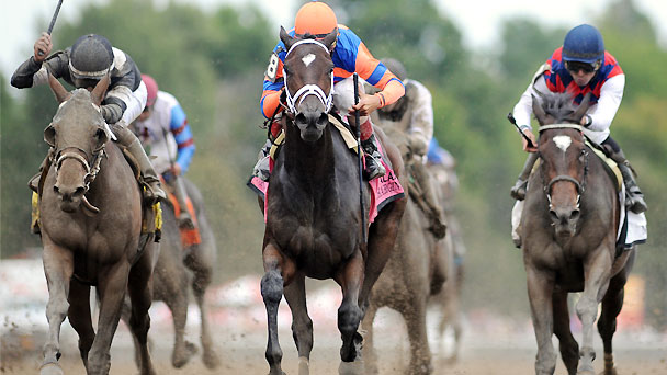 Stopchargingmaria wins the 2014 Alabama Stakes.