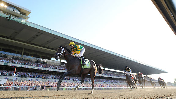 Palace Malice rolls home in the 2013 Belmont Stakes.