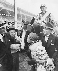 Hasty Road wins the 1954 Preakness