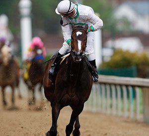 Rachel Alexandra wins the 2009 Kentucky Oaks at Churchill Downs.