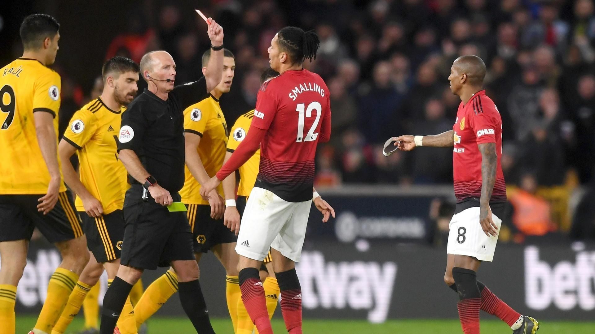 Solskjaer: Manchester United can't lose many more for top-four finish 4