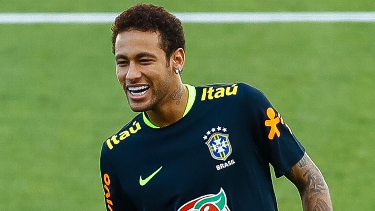 Neymar training with Brazil
