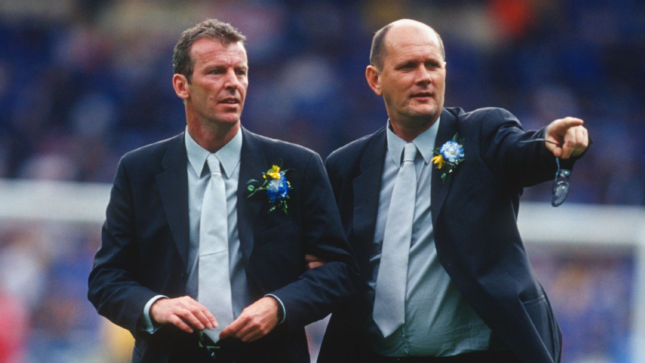Former Chelsea coaches Graham Rix, left, and Gwyn Williams.