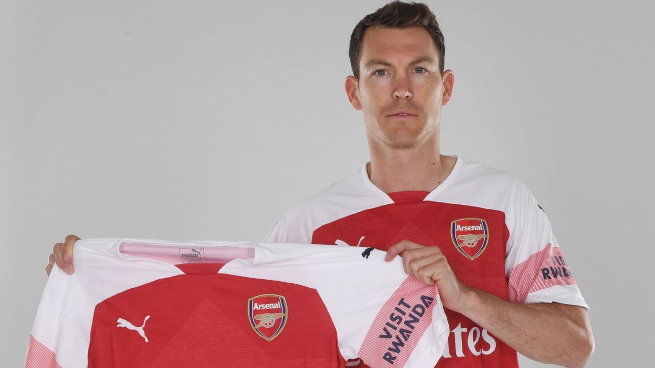 Arsenal's Stephan Lichtsteiner arrives at the Emirates with a winning pedigree.