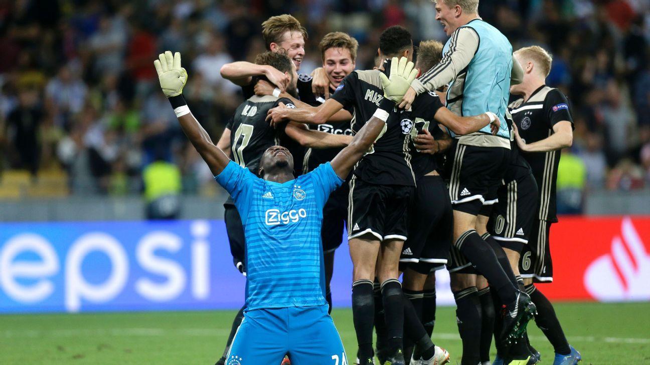 Play-off Champions League: Ajax giành vé vào vòng bảng