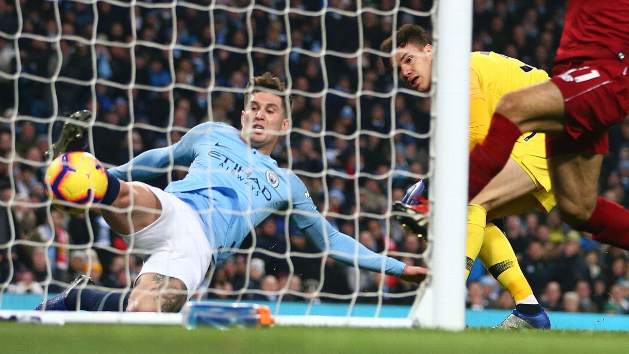 The crucial moments of luck and misfortune that will help decide Premier League title race 11