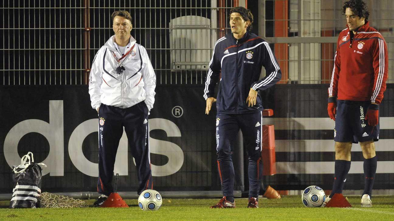 Luca Toni dice que Van Gaal odia a los futbolistas latinos