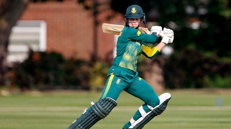 Dane van Niekerk's maiden ODI hundred gives South Africa tight win
