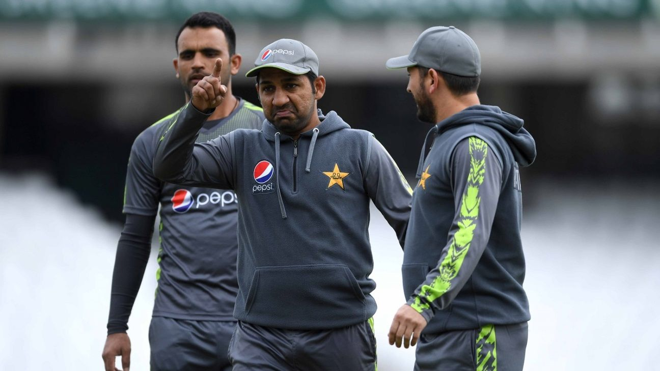Sarfaraz wants to 'bat four or five', and that can only help Pakistan