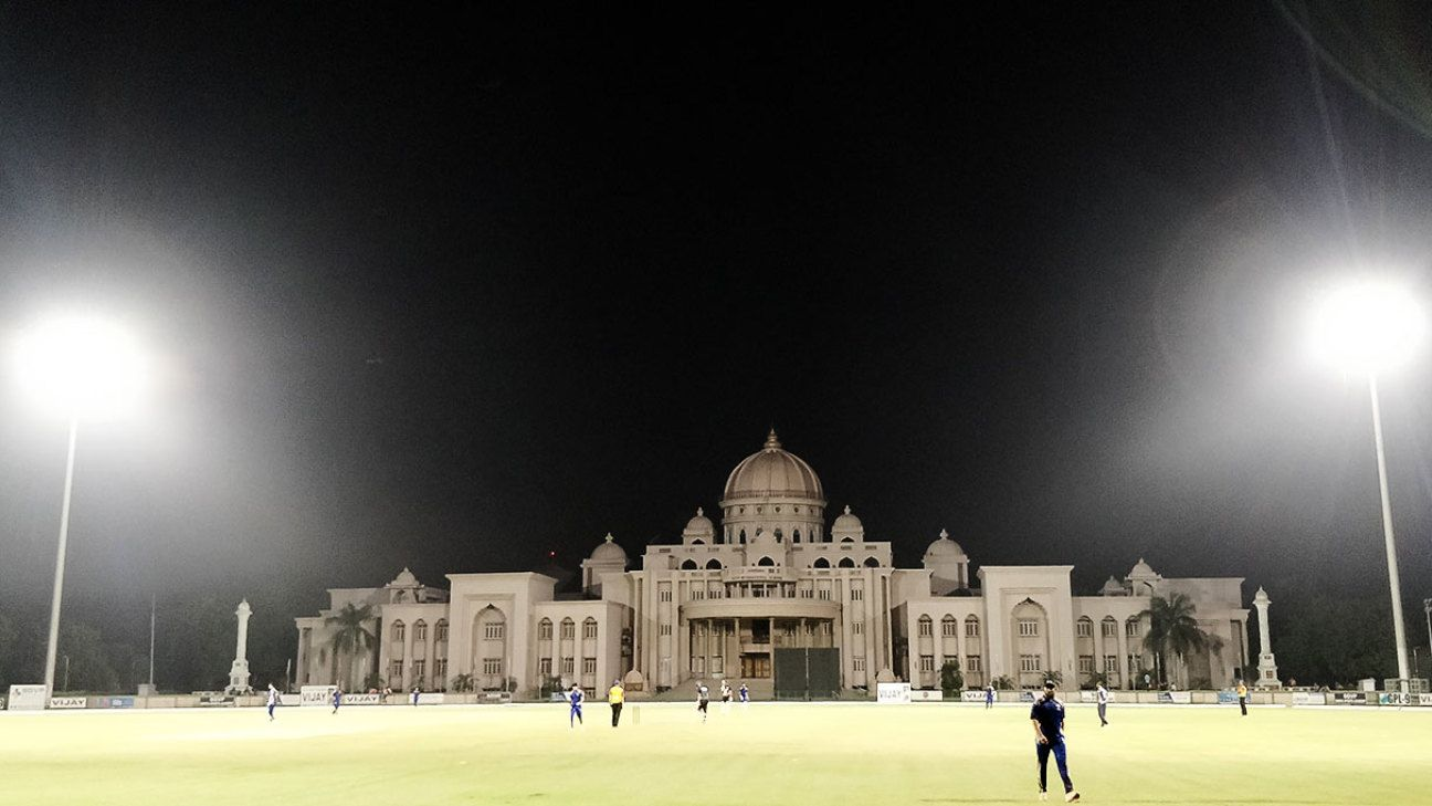 It's 40 degrees, night has fallen. Do you know where your cricket's at?