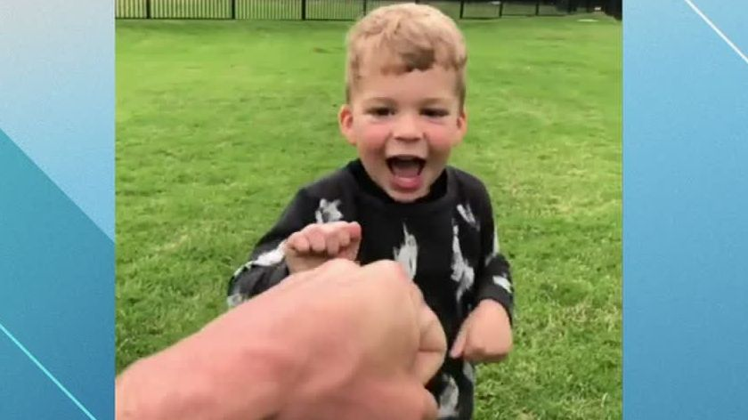 'Awesome!' Justin Tucker's toddler splits uprights like All-Pro father