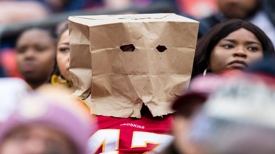 Redskins, Dolphins battle it out in Week 6 Winless Bowl