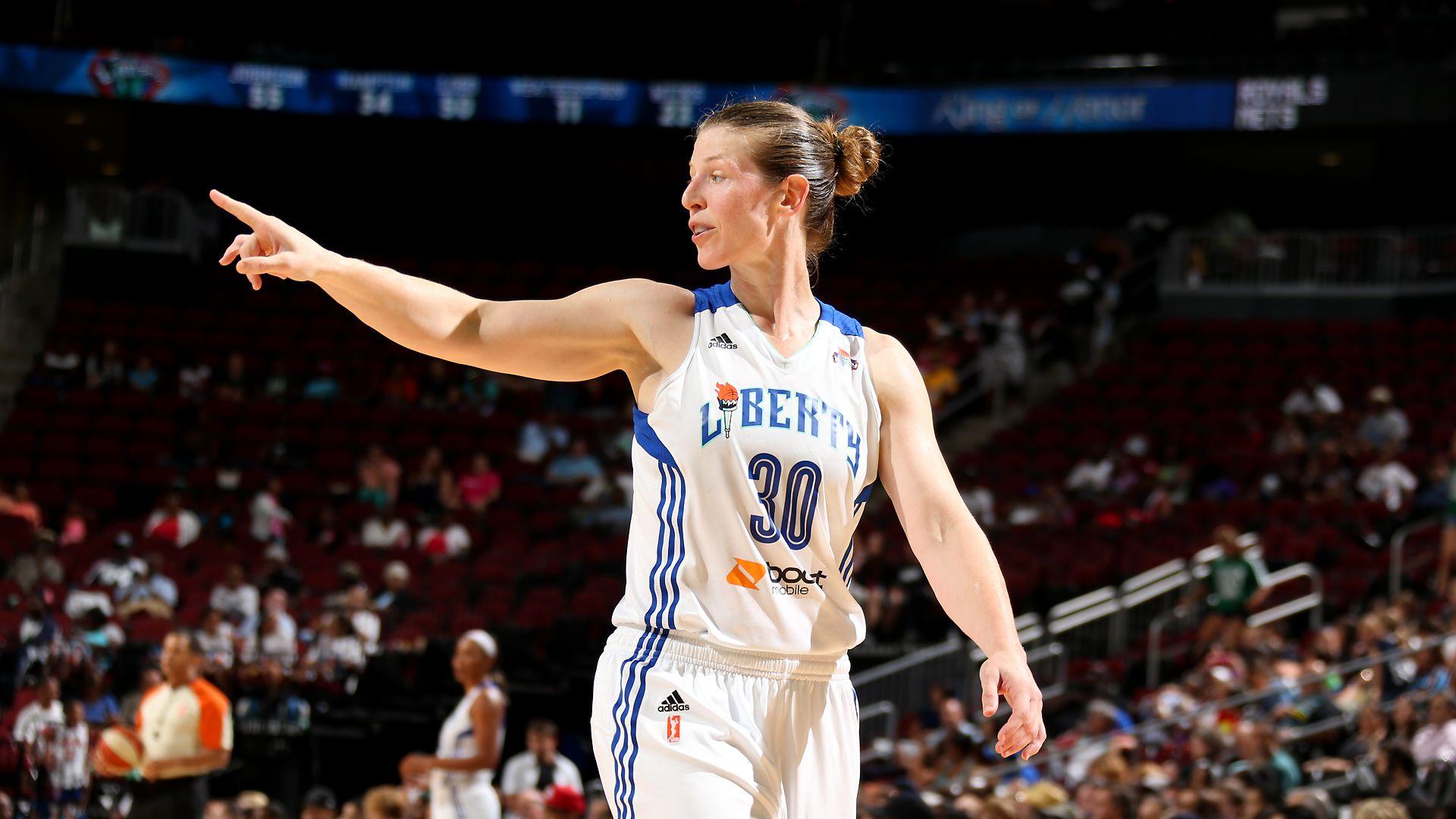 detailed look d49c4 813f3 WNBA -- WNBA veteran Smith joins New York Liberty as assista