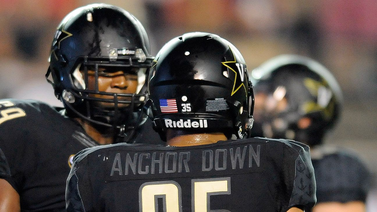 423990fc024 Vanderbilt Commodores' new uniforms create confusion for referees in opener