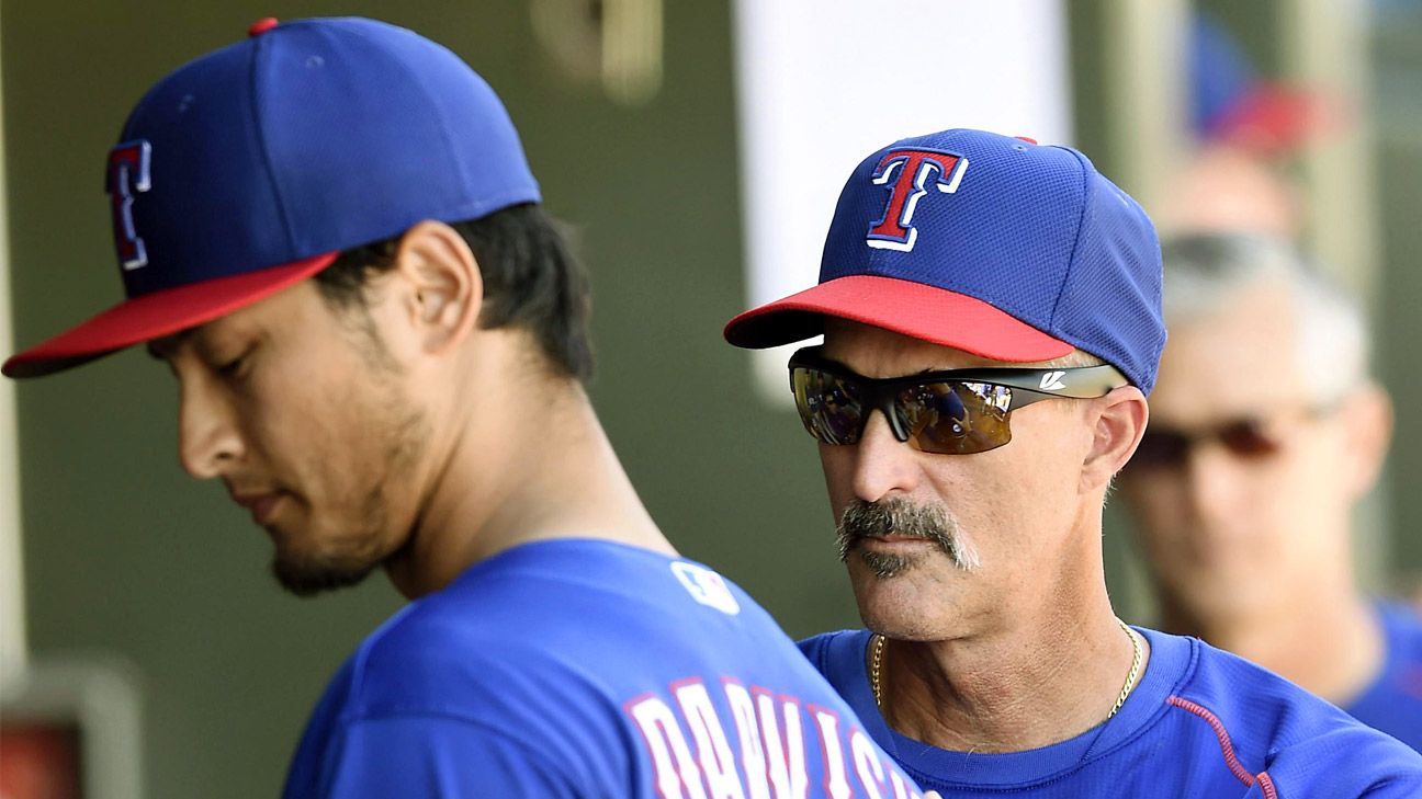 Rangers pitching coach Mike Maddux out after 7 seasons