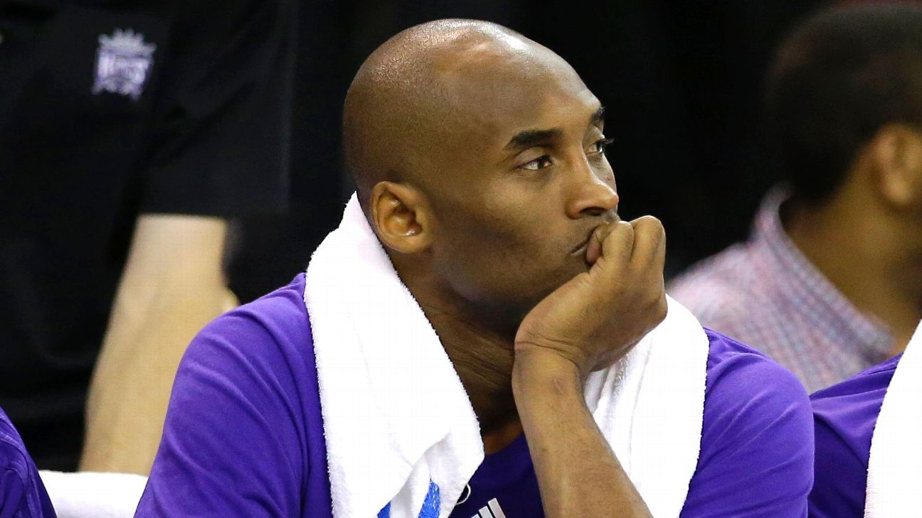 Kobe Bryant of Los Angeles Lakers  really angry  with himself 74cc44471