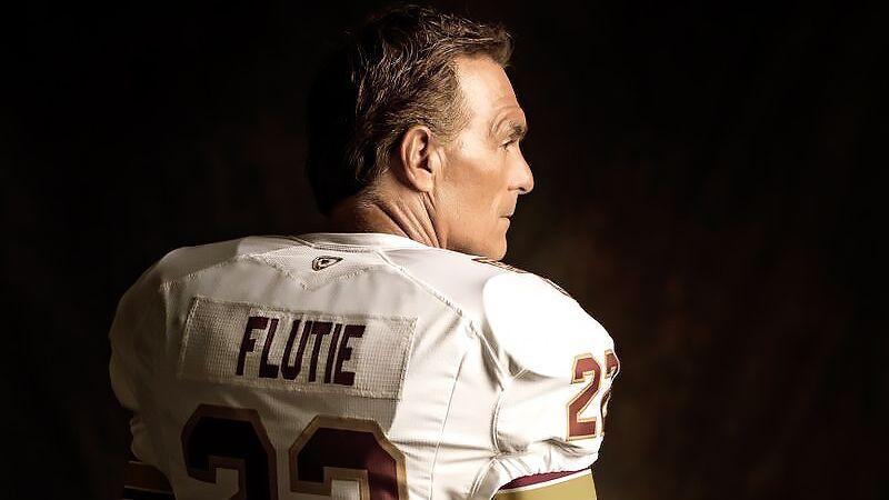 Former NFL quarterback Doug Flutie's parents die on the same day