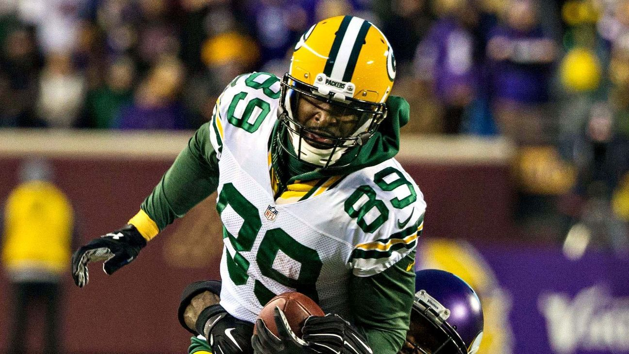 new product d22b2 b42bd James Jones of Green Bay Packers has big game while wearing ...