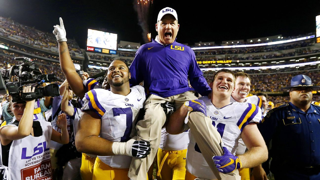 Les Miles Staying On As Coach At Lsu Tigers
