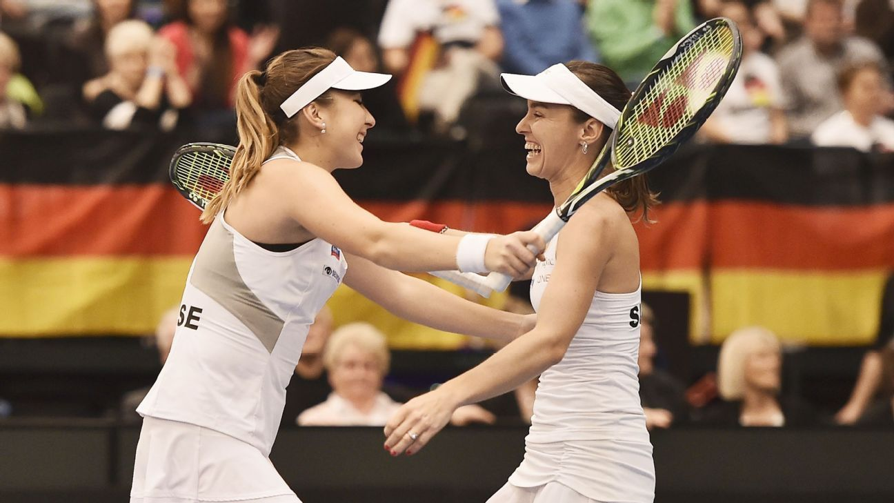 Czechs, French, Swiss reach Fed Cup semis
