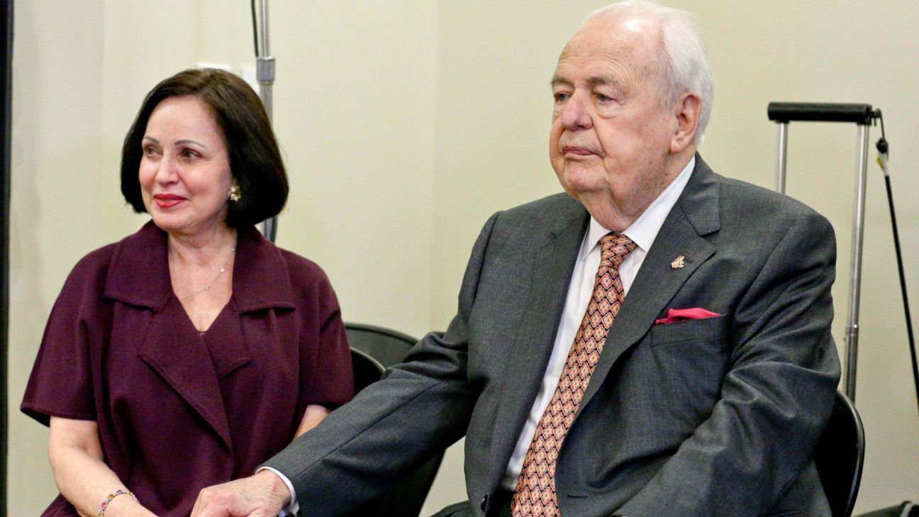 New Orleans Saints owner Tom Benson wants to leave  zero  to daughter af0744c3e