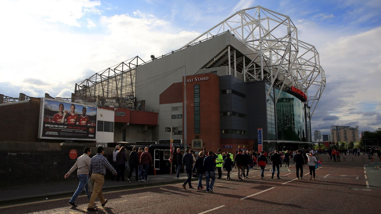 Man United apply for first women's team