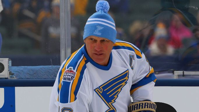 NHL -- 2017 Winter Classic -- Brett Hull and Bobby Hull talk about the game's young players ...