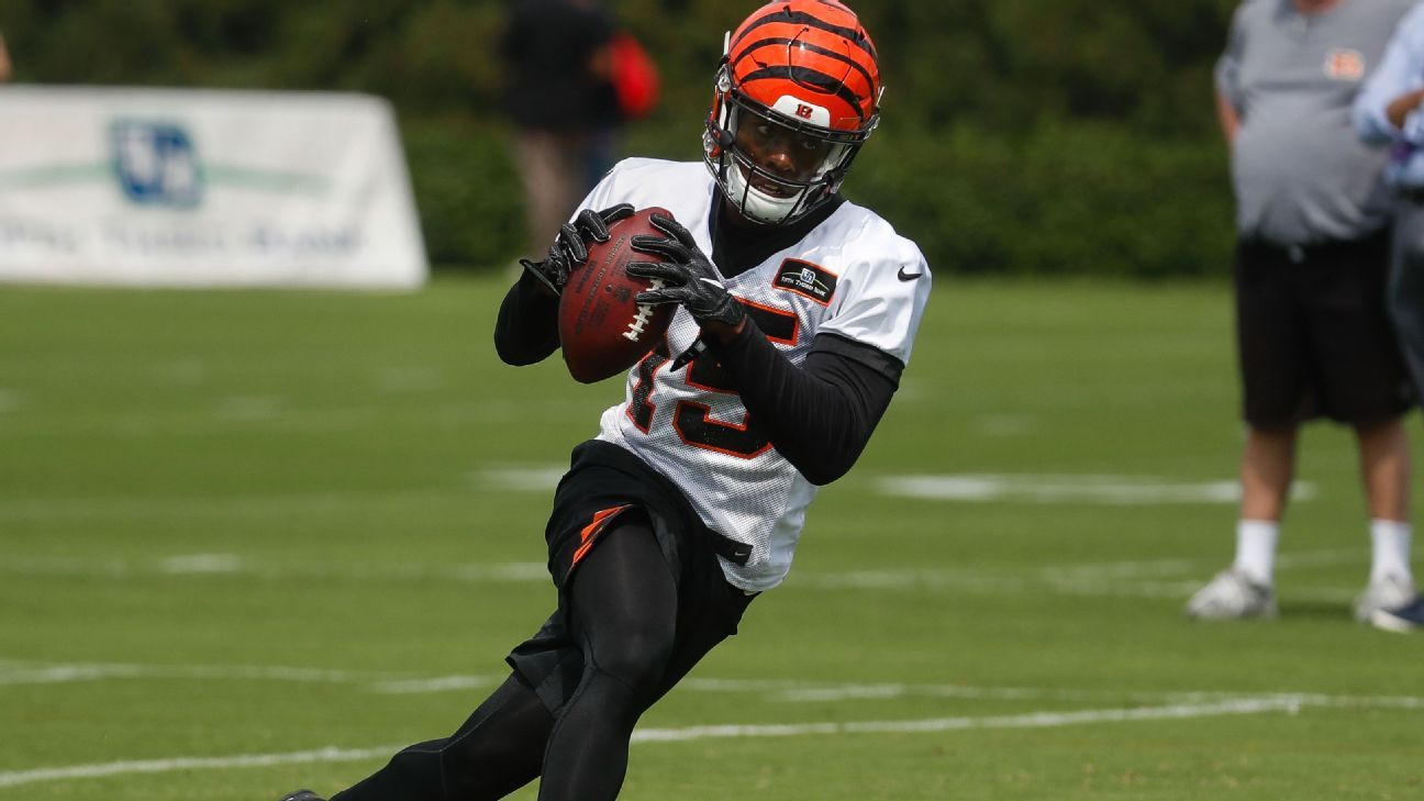 Cincinnati Bengals WR John Ross practices fully for first time