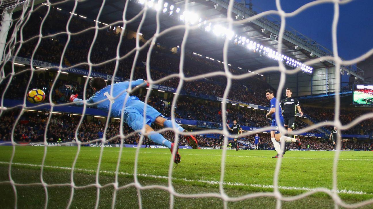 Conte: Morata owes Azpilicueta dinner