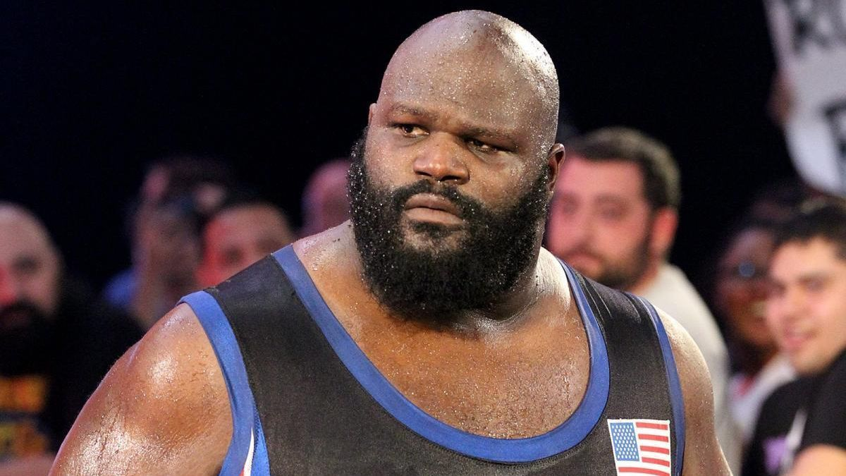 WWE - Mark Henry joins WWE Hall of Fame as part of Class of 2018 in New Orleans
