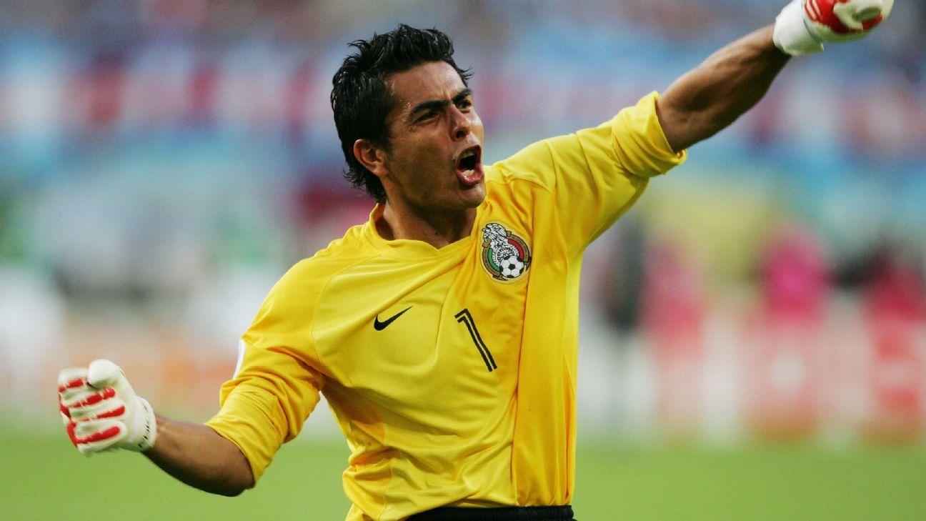 Oswaldo Sanchez talks goalkeepers 49b492ac3