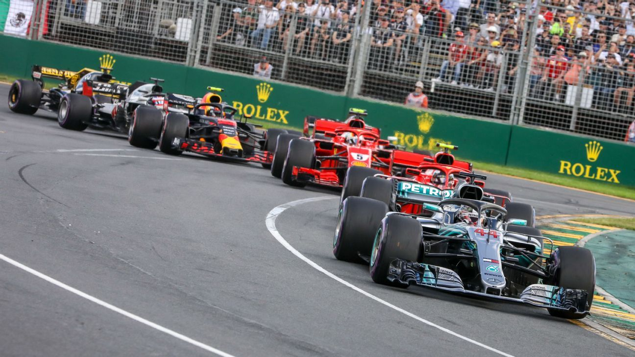 How Mercedes' 'party mode' engine setting works