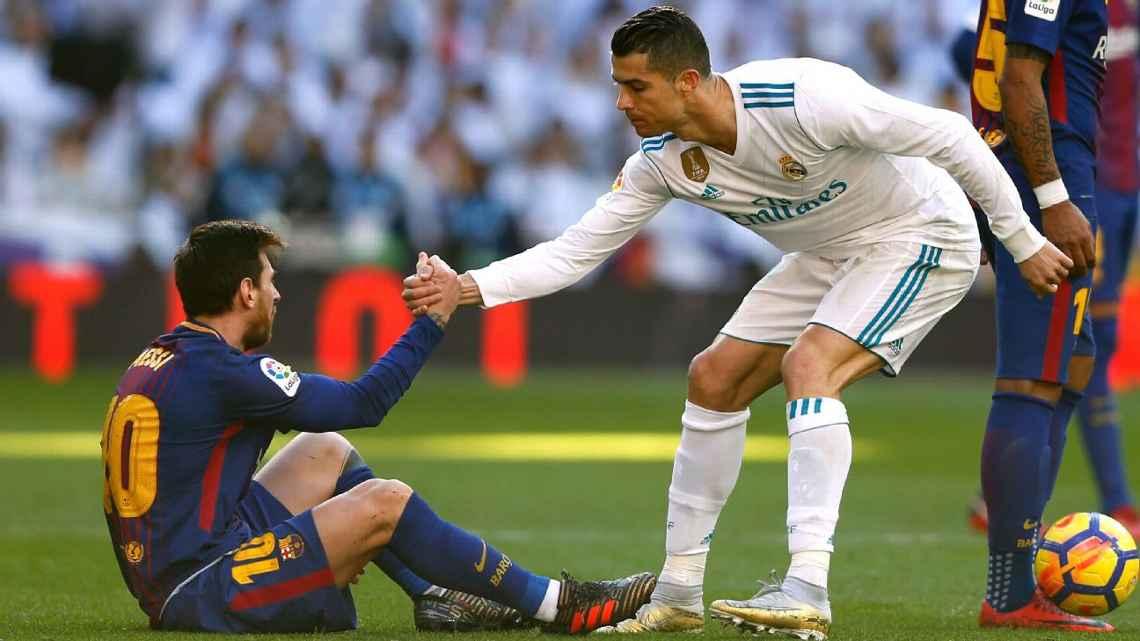 """""""Nhớ"""" Ronaldo, Messi hạ thấp sức mạnh Real"""