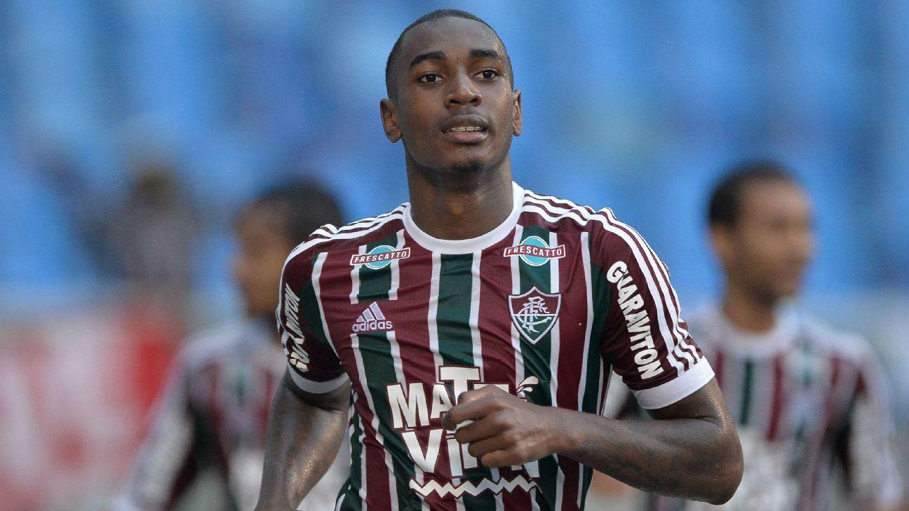 Ex-Fluminense b2bdefeb0476a