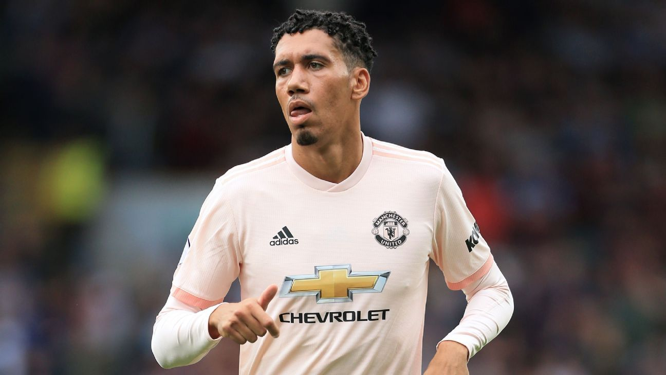 Manchester United S Chris Smalling Wants To See More Clean Sheets
