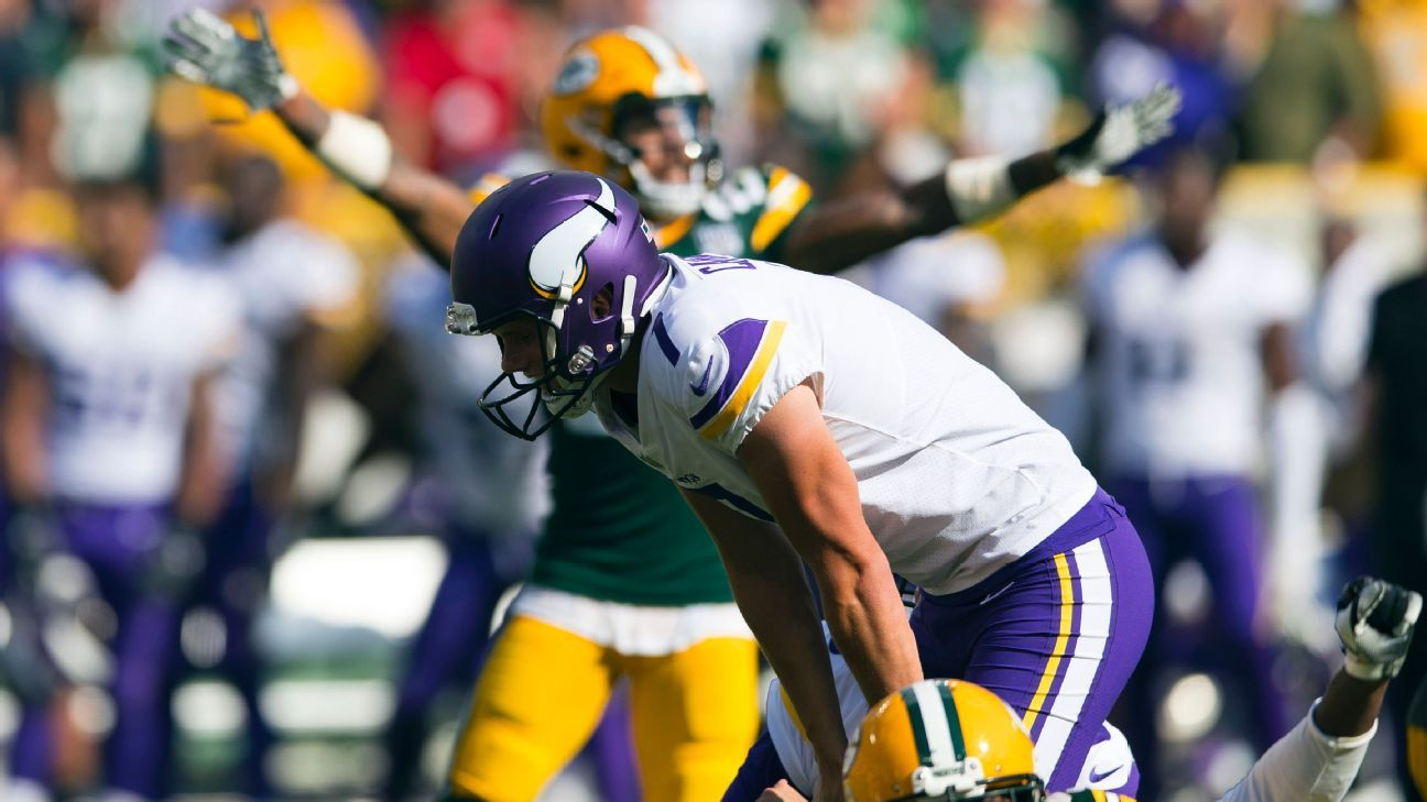 Minnesota Vikings release kicker Daniel Carlson 75cbf8003
