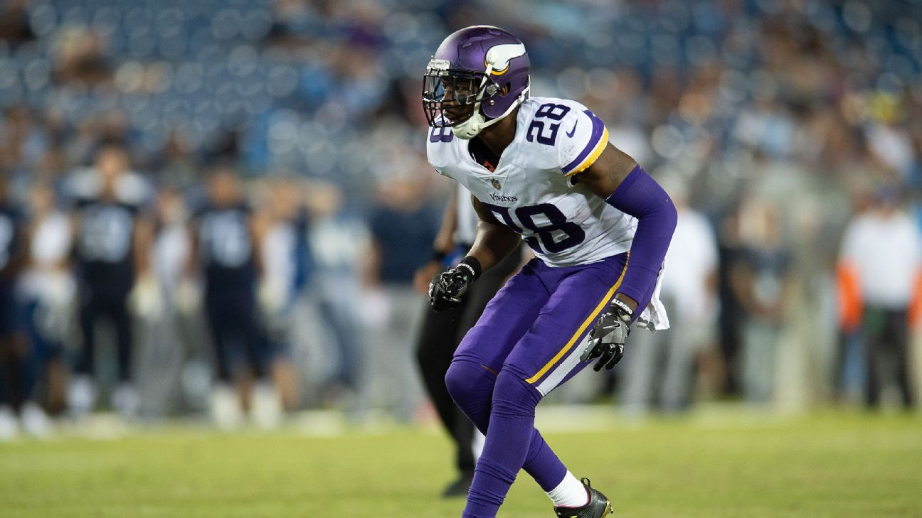 After meeting with Clayton Geathers and Eric Berry earlier in the week, the Cowboys agreed to a one-year deal with ex-Vikings safety George Iloka on Saturday.