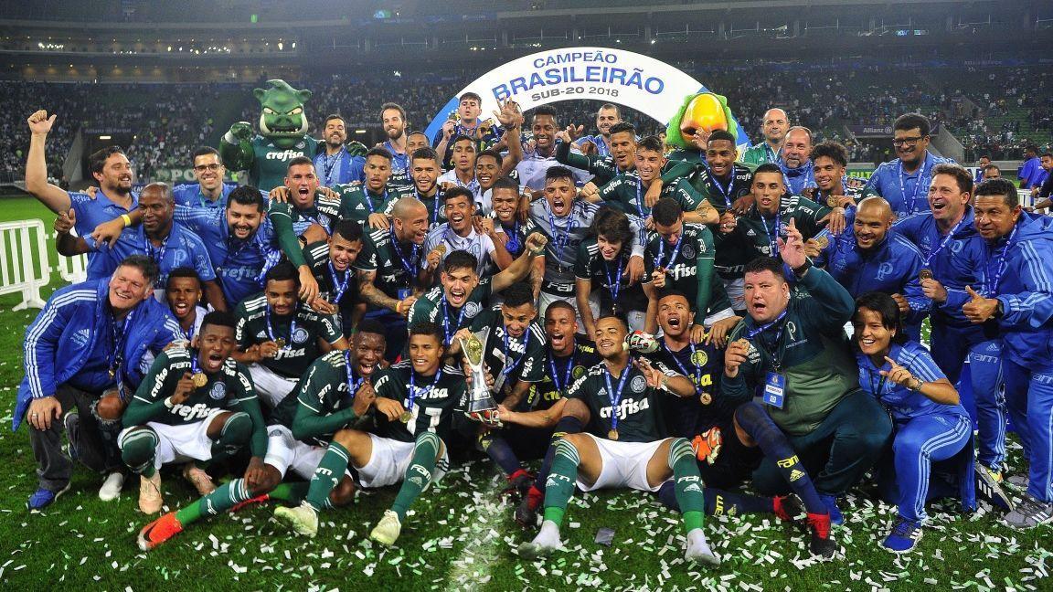 Palmeiras bate Vitória no Allianz Parque e conquista título inédito do Campeonato  Brasileiro sub-20 3dc35929a2c96