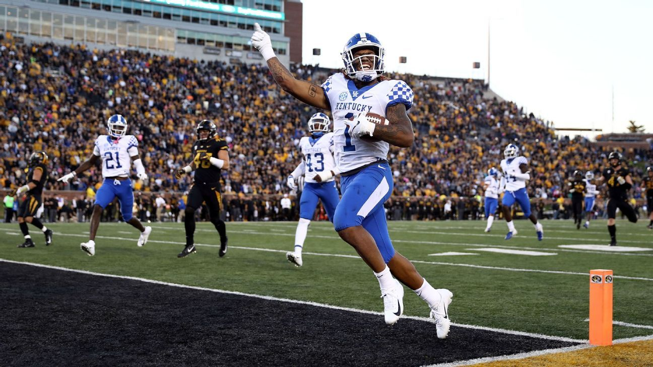 college football power rankings kentucky wildcats move into the top 10