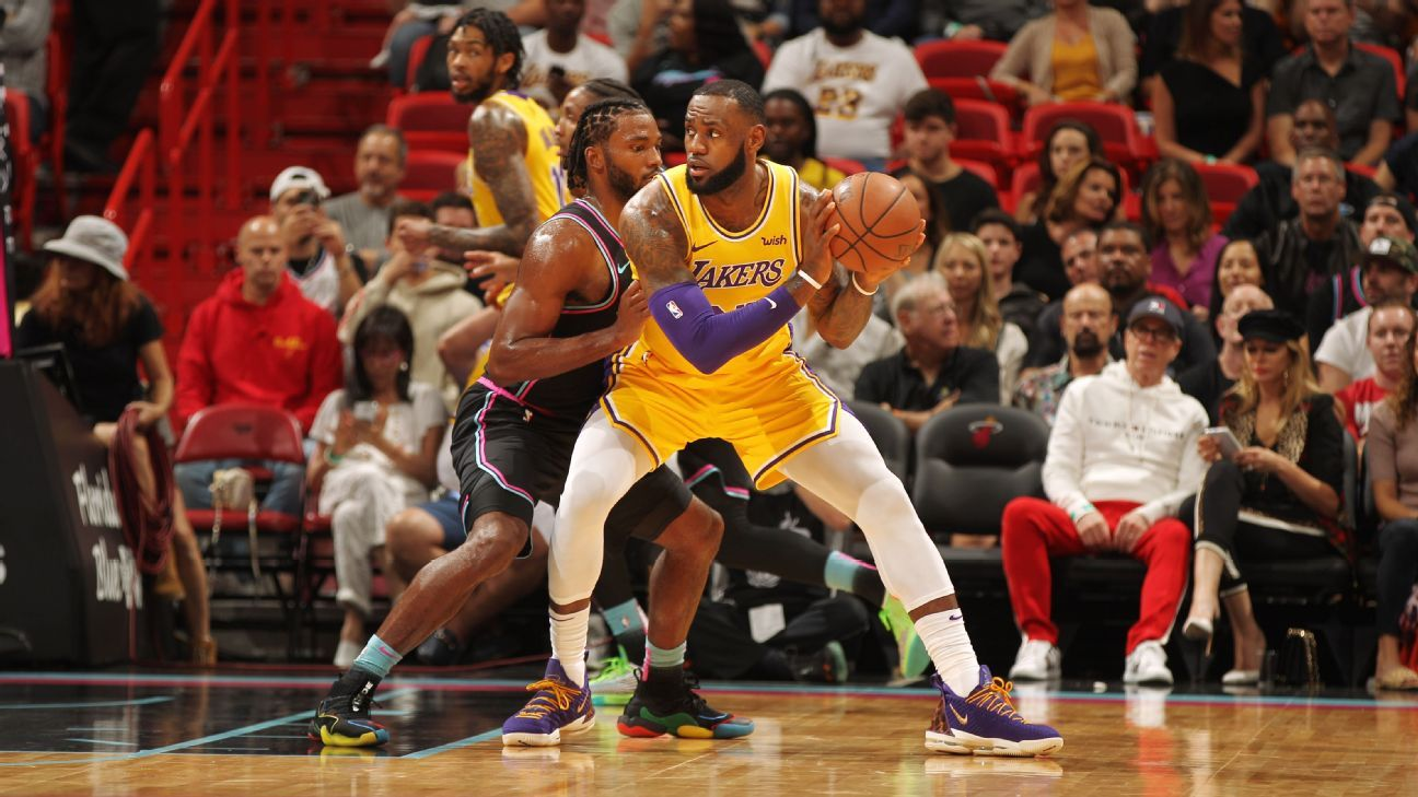50800155d6e LeBron James of Los Angeles Lakers scores 51 in first win at Miami since   14 exit