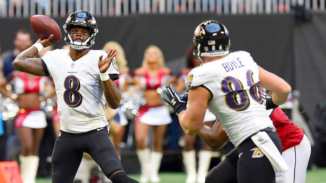 ccf50ae176c In beating Falcons, Lamar Jackson stakes claim to keeping QB job - Baltimore  Ravens Blog- ESPN
