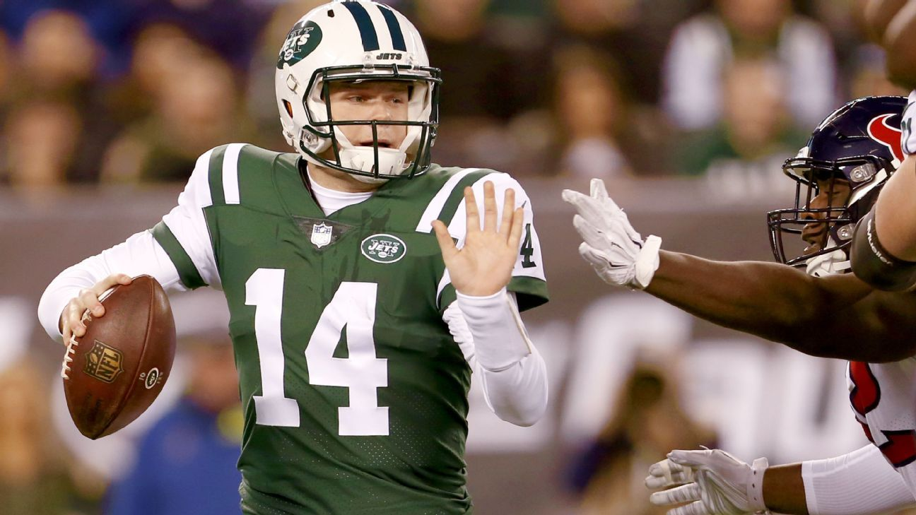 bf64b27037e Look for Jets to focus on staff to develop Sam Darnold after horrid se -  New York Jets Blog- ESPN