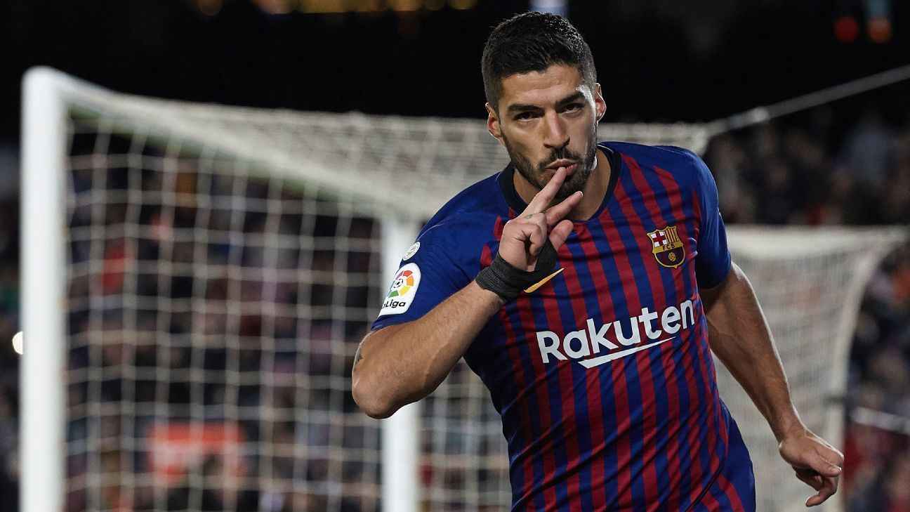 05aac481652 LIVE  Transfer Talk  Manchester United to raid Barcelona for Luis Suarez