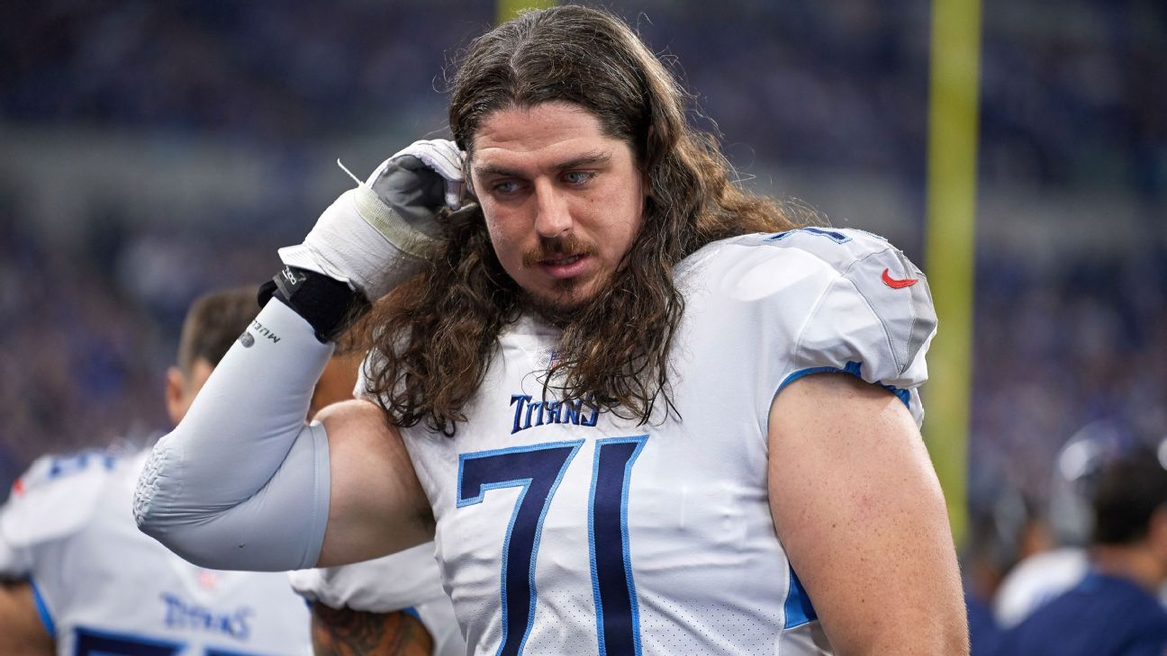 The way the veteran O-lineman battled through hardships this season impressed teammates and might have paved the way for a starting role in 2019.