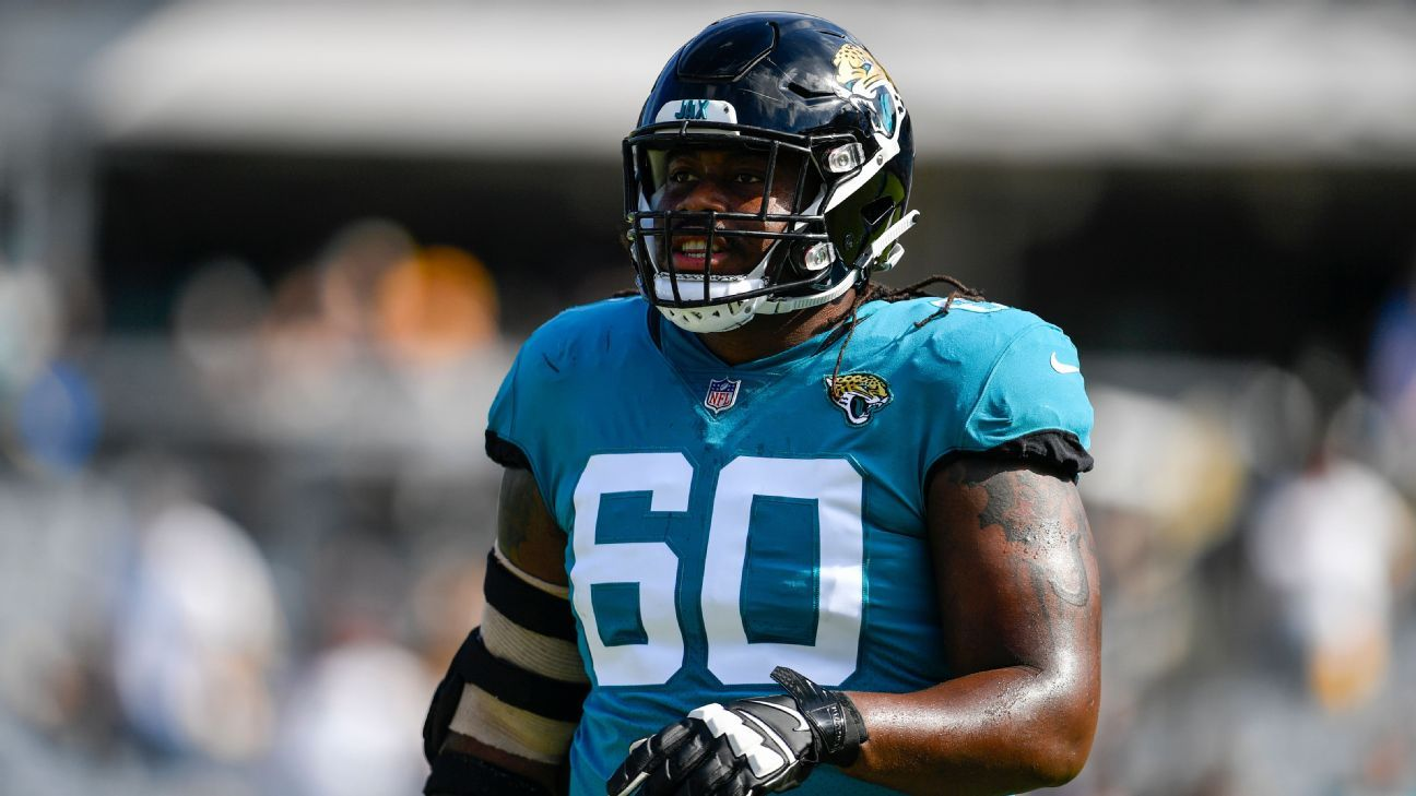 Guard A.J. Cann is returning to the Jaguars with a three-year contract.