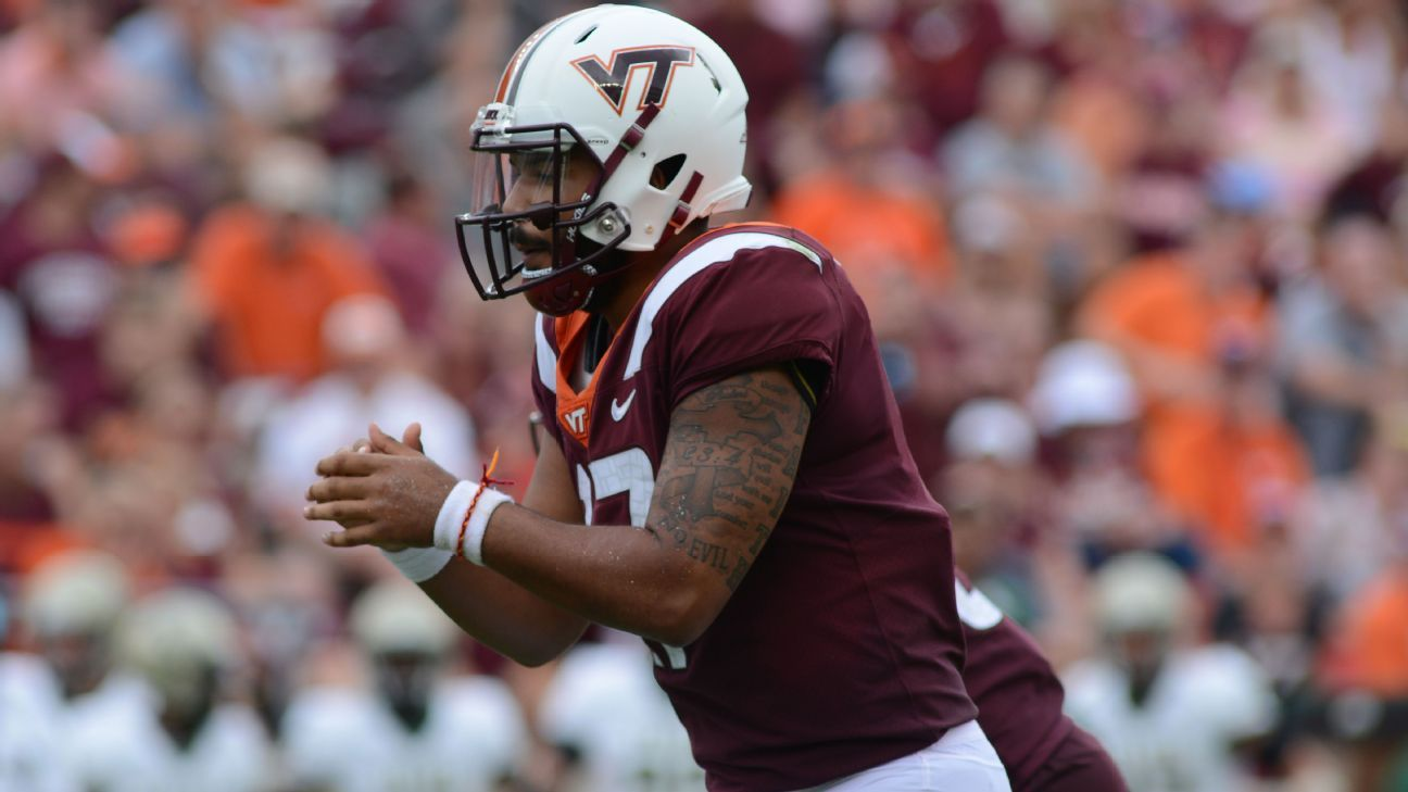 Former Virginia Tech quarterback Josh Jackson announced Monday night that he is transferring to Maryland, where he is expected to be a frontrunner in the competition for the starting quarterback job.