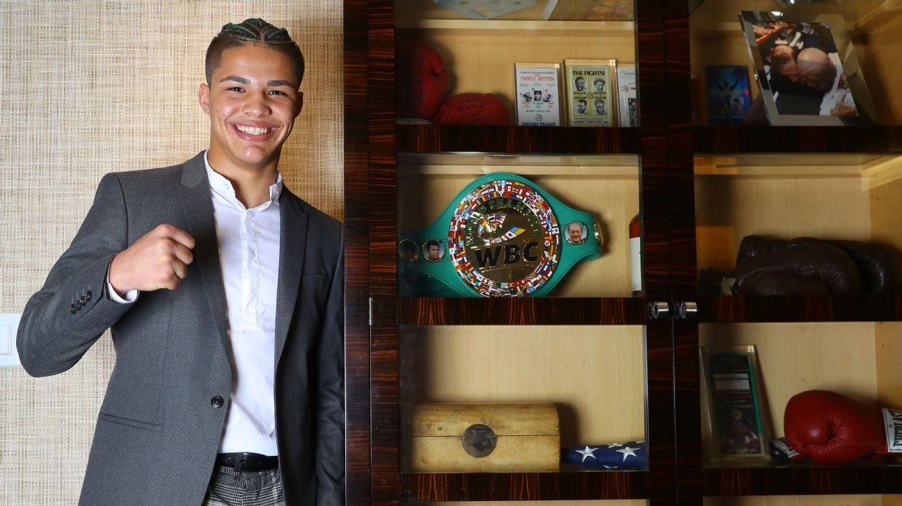 Zayas, 16, signs contract with Top Rank