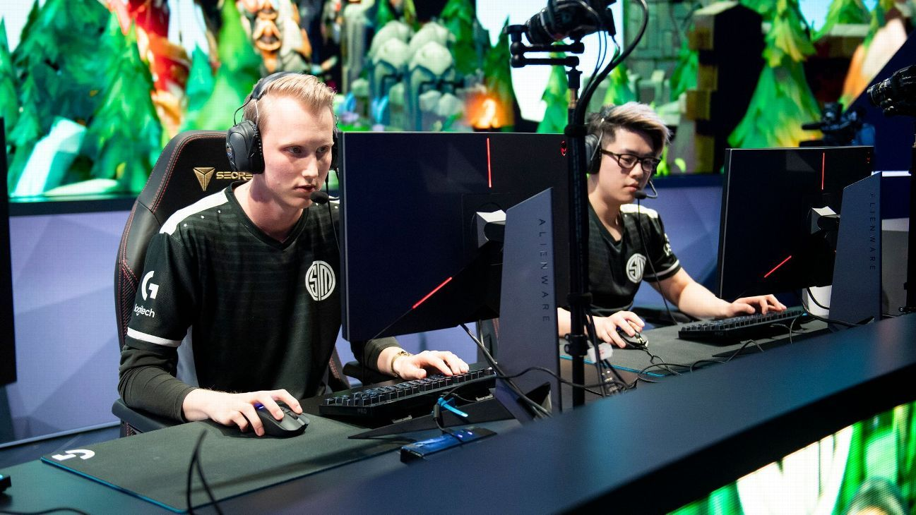 Team SoloMid's Zven and Smoothie chat mistakes and improvements