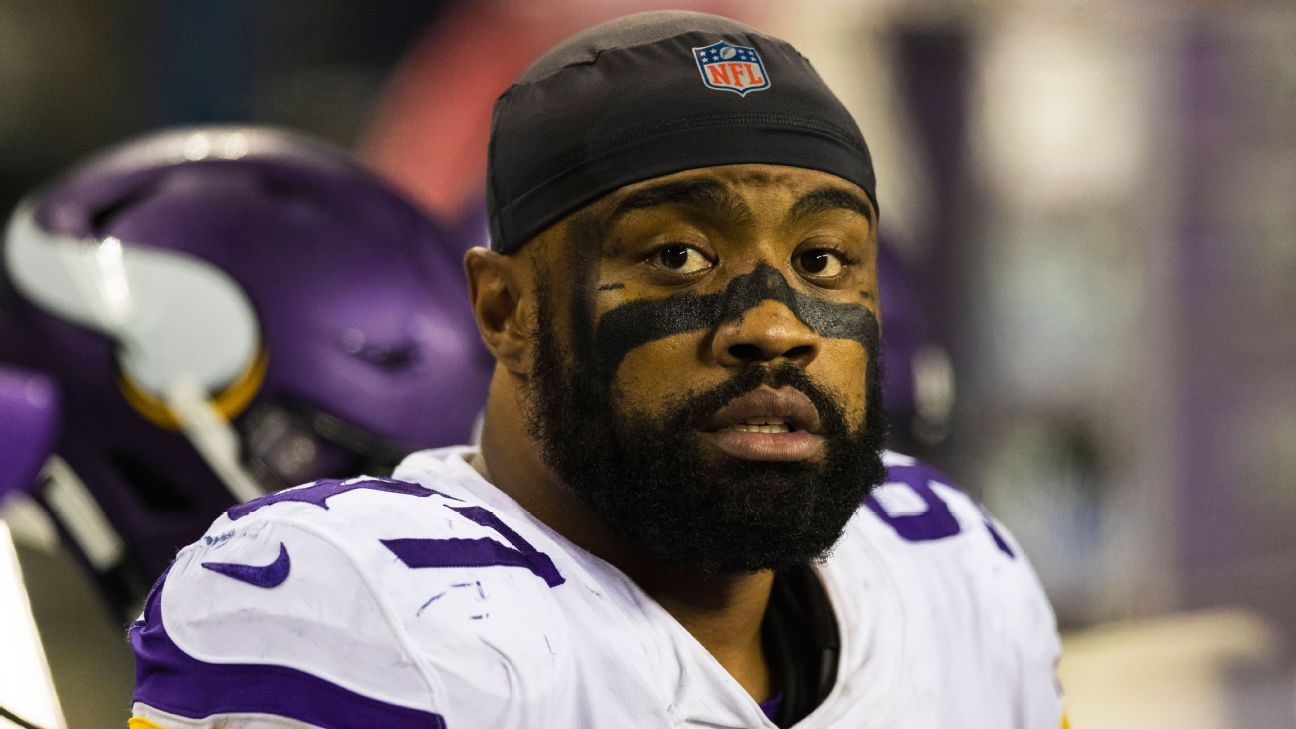 Everson Griffen says he was willing to restructure his contract because he wants to be